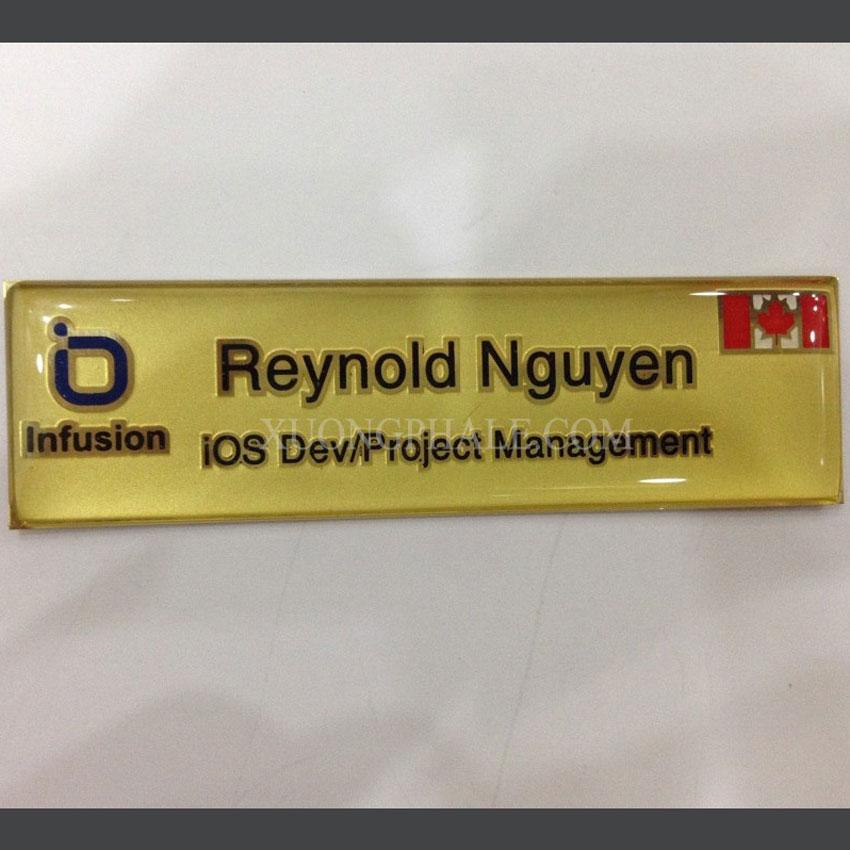 xưởng sản xuất thẻ tên theo yêu cầu